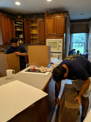 4 Reasons to Utilize Packing Services When Hiring a Moving Company